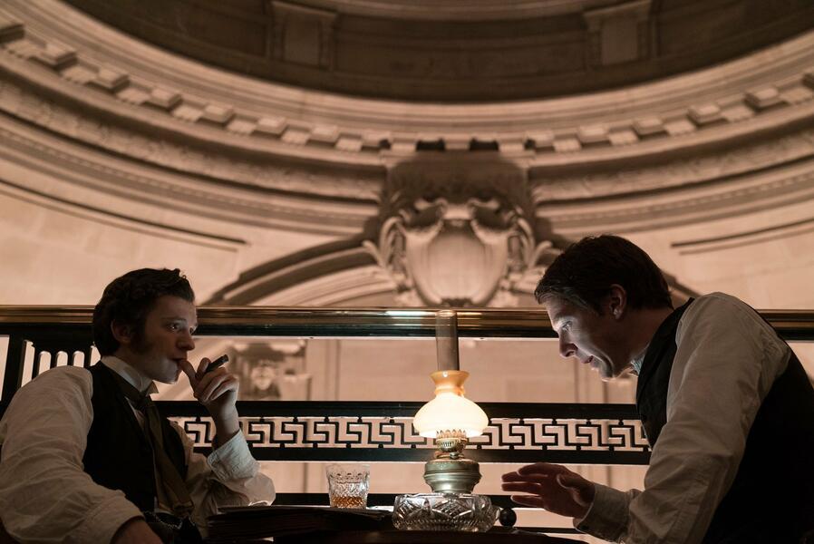 Edison - Ein Leben voller Licht mit Benedict Cumberbatch und Tom Holland