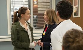 Grey's Anatomy - Staffel 15, Grey's Anatomy - Staffel 15 Episode 24 mit Ellen Pompeo und Camilla Luddington - Bild 3