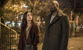 Marvel's Luke Cage, Marvel's Luke Cage Staffel 1 mit Rosario Dawson und Mike Colter - Bild 54