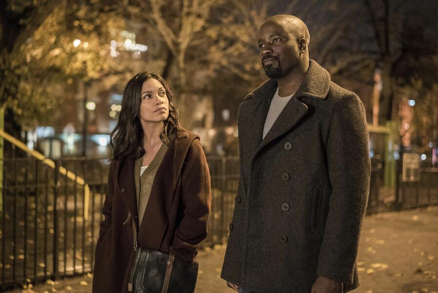 Marvel's Luke Cage, Marvel's Luke Cage Staffel 1 mit Rosario Dawson und Mike Colter