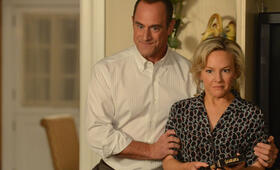 Christopher Meloni in Surviving Jack - Bild 29