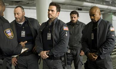 Armored mit Jean Reno, Matt Dillon und Columbus Short - Bild 1