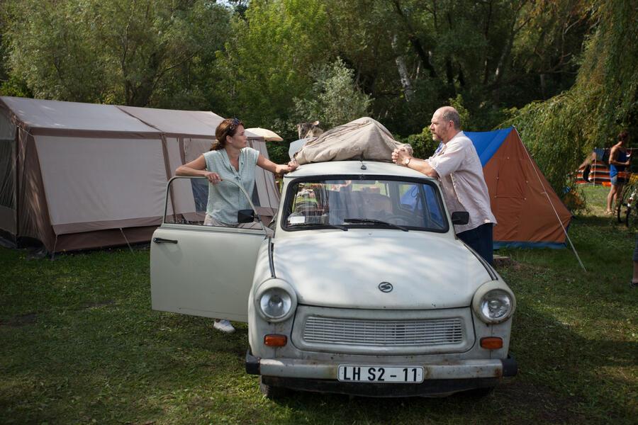 Honigfrauen mit Anja Kling und Götz Schubert
