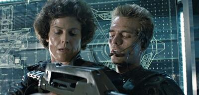 Weaver und Biehn (rechts) in Aliens