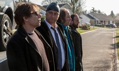 Ein Becken voller Männer mit Mathieu Amalric, Benoît Poelvoorde, Alban Ivanov und Philippe Katerine - Bild 4