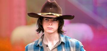 Bild zu:  Chandler Riggs als Carl Grimes in The Walking Dead