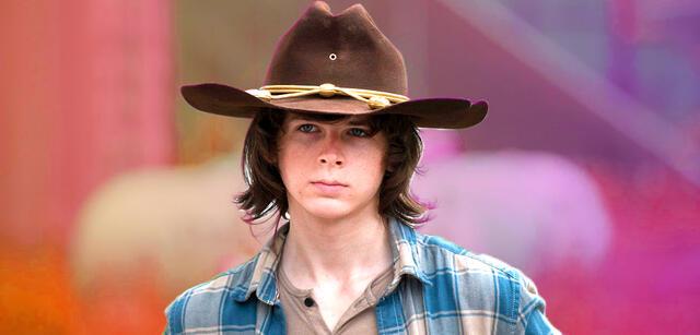 Carl Ist Zurück Das Ist Die Neue Serie Mit The Walking Dead Star