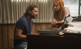 A Star Is Born mit Bradley Cooper und Lady Gaga - Bild 18