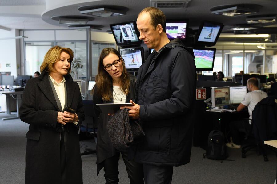 Unter Verdacht: Verschlusssache mit Senta Berger und Rudolf Krause