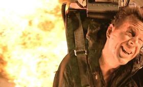 Stirb langsam 2 mit Bruce Willis - Bild 48