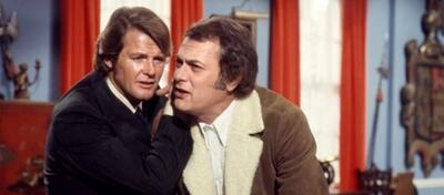 Roger Moore und Tony Curtis sind Die Zwei.
