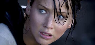 Wie Katniss bewahrte ein Mädchen einen kühlen Kopf