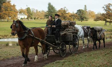 Outlander - Staffel 4 mit Caitriona Balfe und Sam Heughan - Bild 10