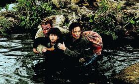 Collateral Damage mit Arnold Schwarzenegger, Tyler Posey und Francesca Neri - Bild 160