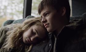 Mean Dreams mit Sophie Nélisse und Josh Wiggins - Bild 1