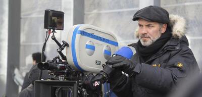 Regisseur Sam Mendes am Set von Spectre
