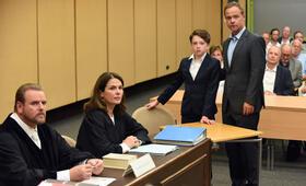 Der Polizist, der Mord und das Kind mit Barbara Auer, Matthias Koeberlin und Joshio Marlon - Bild 28