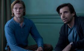 The Disappointments Room mit Lucas Till und Mel Raido - Bild 2