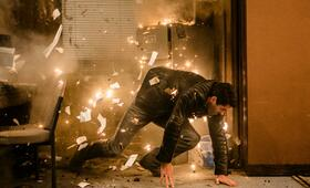 Accident Man mit Scott Adkins - Bild 20