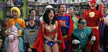 Bild zu:  Die The Big Bang Theory-Stars verkleidet als Justice League