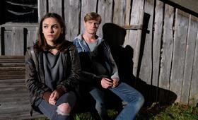 Marie fängt Feuer: Zweite Chance mit Emma Drogunova und Ulrich Brandhoff - Bild 9