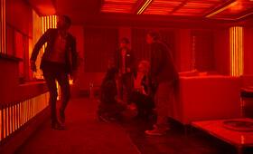 Escape Room mit Deborah Ann Woll, Logan Miller, Taylor Russell, Jay Ellis und Nik Dodani - Bild 4