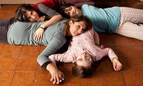 Rara - Meine Eltern sind irgendwie anders mit Emilia Ossandon, Agustina Muñoz, Mariana Loyola und Julia Lübbert - Bild 1