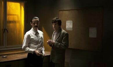 The Double mit Jesse Eisenberg und Noah Taylor - Bild 11