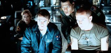 Glaubhafte Crew: Joely Richardson, Sam Neill, Laurence Fishburne und Sean Pertwee