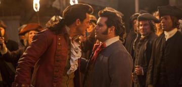 Gaston und LeFou in Die Schöne und das Biest