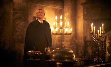 Dracula, Dracula - Staffel 1 mit John Heffernan - Bild 11