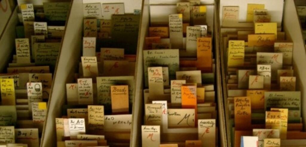 Zettelkasten aus der Doku Vom Ordnen der Dinge