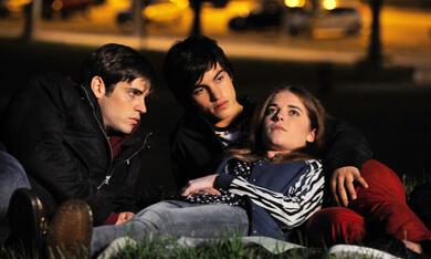 Ein Kuss mit Leonardo Pazzagli, Valentina Romani und Rimau Ritzberger Grillo - Bild 3