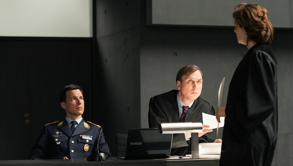 Terror - Ihr Urteil mit Florian David Fitz, Martina Gedeck und Lars Eidinger