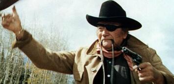 Bild zu:  John Wayne in Der Marshall
