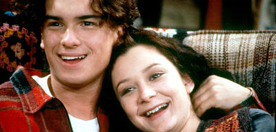 Johnny Galecki und Sara Gilbert in Roseanne