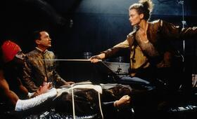 Vernetzt - Johnny Mnemonic mit Dina Meyer - Bild 5