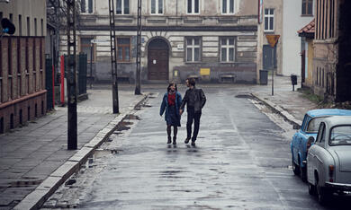 Zwischen uns die Mauer mit Lea Freund und Tim Bülow - Bild 2