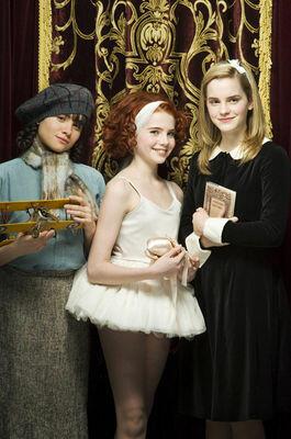 Ballet Shoes mit Lucy Boynton