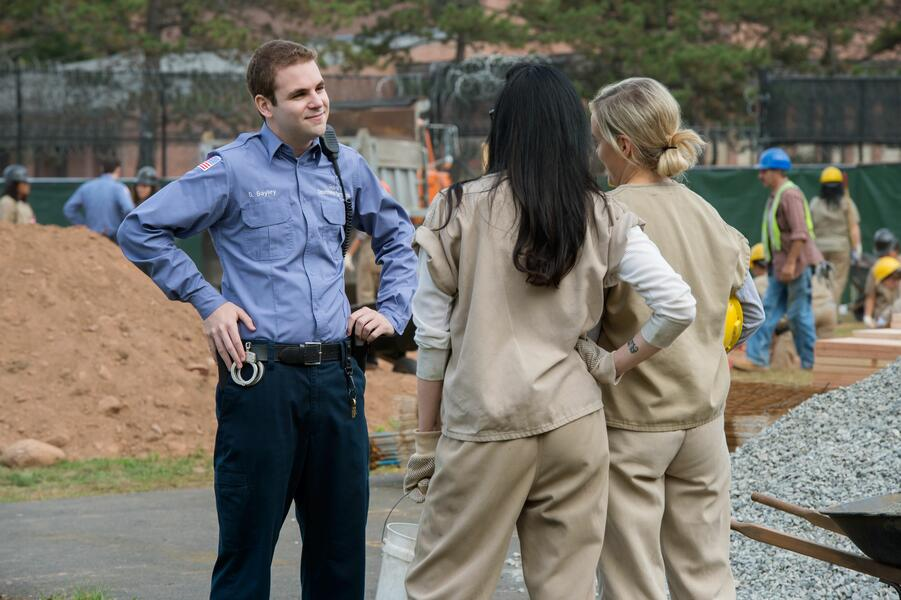 Orange Is the New Black Staffel 4 mit Laura Prepon und Taylor Schilling