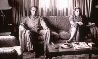 The Man Who Wasn't There mit Billy Bob Thornton und Frances McDormand - Bild 10