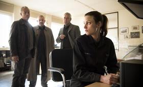 Tatort: Bombengeschäft mit Dietmar Bär, Klaus J. Behrendt, Ralph Herforth und Isabel Thierauch - Bild 21