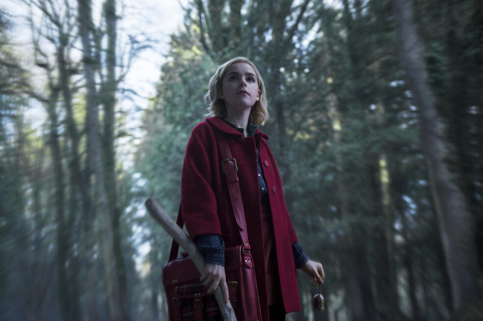 Chilling Adventures of Sabrina, Chilling Adventures of Sabrina - Staffel 1, Chilling Adventures of Sabrina - Staffel 1 Episode 1 mit Kiernan Shipka