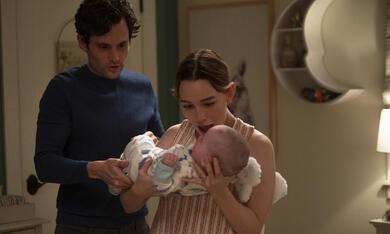 You - Du wirst mich lieben, You - Du wirst mich lieben - Staffel 3 mit Penn Badgley und Victoria Pedretti - Bild 2
