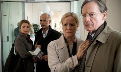 Merz gegen Merz, Merz gegen Merz - Staffel 1 mit Christoph Maria Herbst und Annette Frier - Bild 11