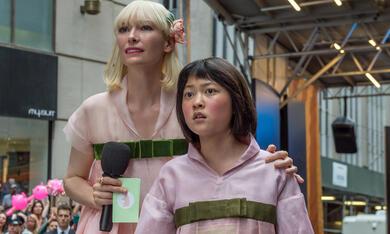 Okja mit Tilda Swinton und Seo-Hyeon Ahn - Bild 2