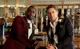 Turn Up Charlie , Turn Up Charlie  - Staffel 1 mit Idris Elba und JJ Feild - Bild 1