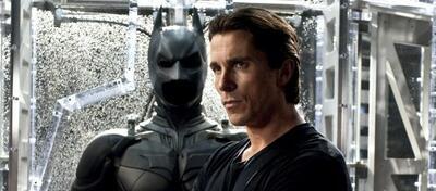 Bruce Wayne alias Batman meldet sich mit großem Erfolg zurück