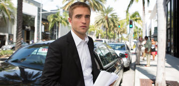 Robert Pattinson in Maps to the Stars