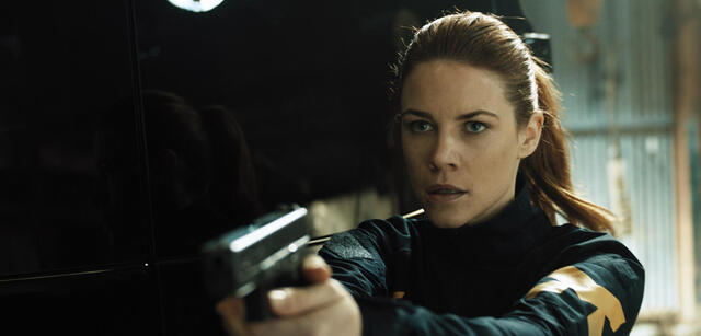 Courtney Hope in der Quantum Break-Show